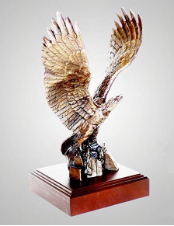 Break Away Eagle Sculpture