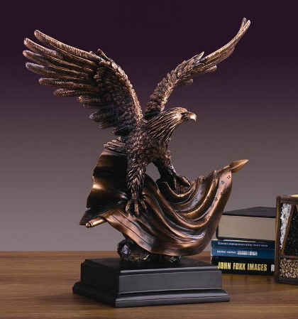 Eagle Sculpture M-51127