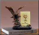 Eagle with Picture Frame (SKU: M-51118)